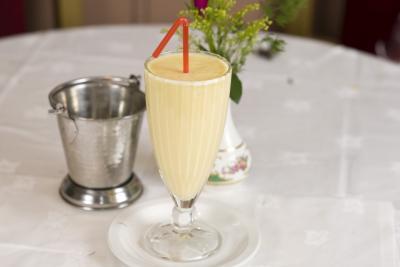 Yoghurt plain raita